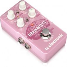 TC ELECTRONIC BRAINWAVES PITCH SHIFTER - гитарный педальный полифонический питч-шифтер
